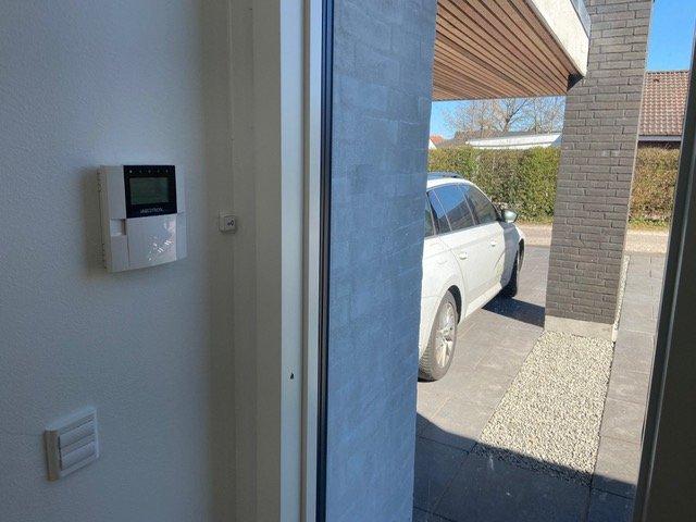 el-installation sikring, kontakt og kontrolpanel